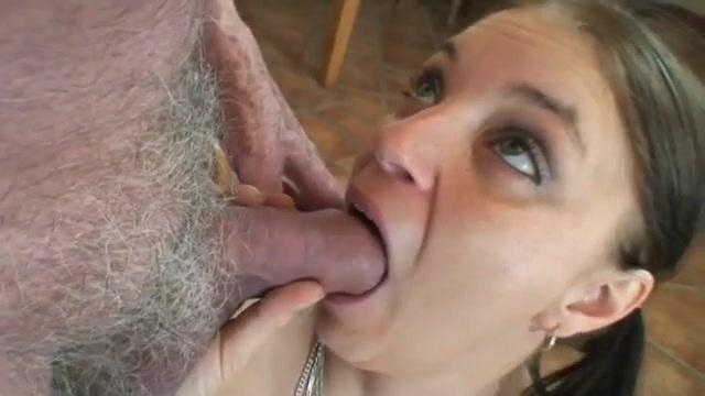 tini pornó klipek deepthroat szopás pornó